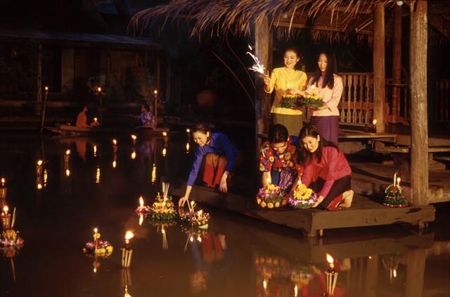 Incoming-Asia-Loy-Krathong-Yin-Peng-Thailand-2_1