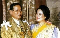 Таиланд празднует 81-ый день рождения Ее Величества Королевы Сирикит