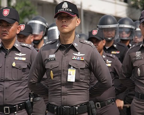 Меры безопасности усилены на курортах Таиланда после серии взрывов