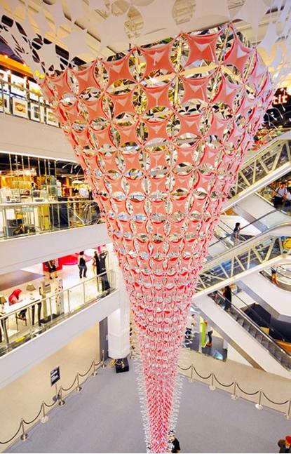 Бангкок: В «Siam Center» готовятся к Новому году
