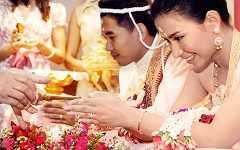 Традиционная тайская свадьба: рис, бананы и жасминовый дождь