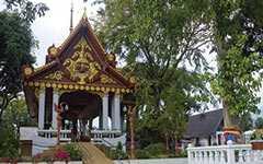 Храм Кхунарам и мумифицированный монах