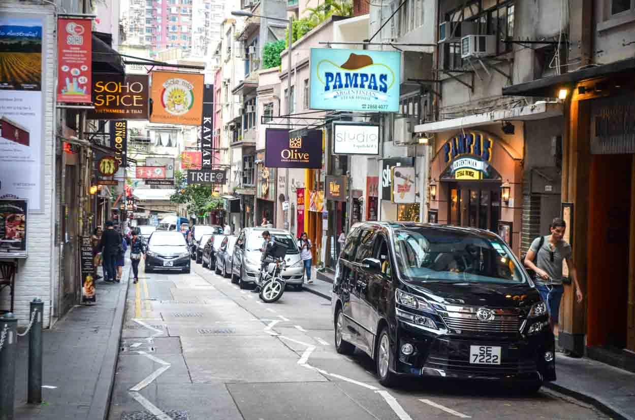 В каком году Великобритания вернула Гонгконг Китаю?